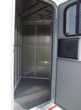 Mustang Aluminum Bumper Slantload Horse Trailer Stall View