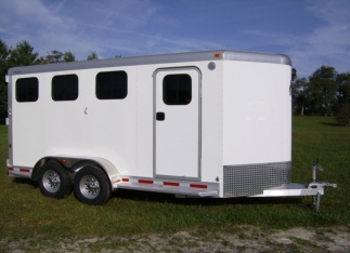 Mustang Aluminum Bumper Slantload Horse Trailer Right View Three Window